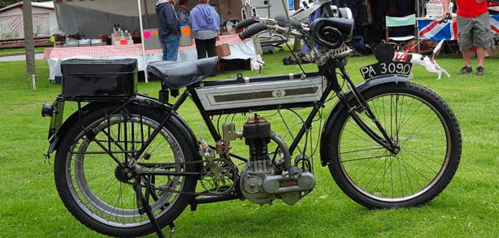 1910_triumph