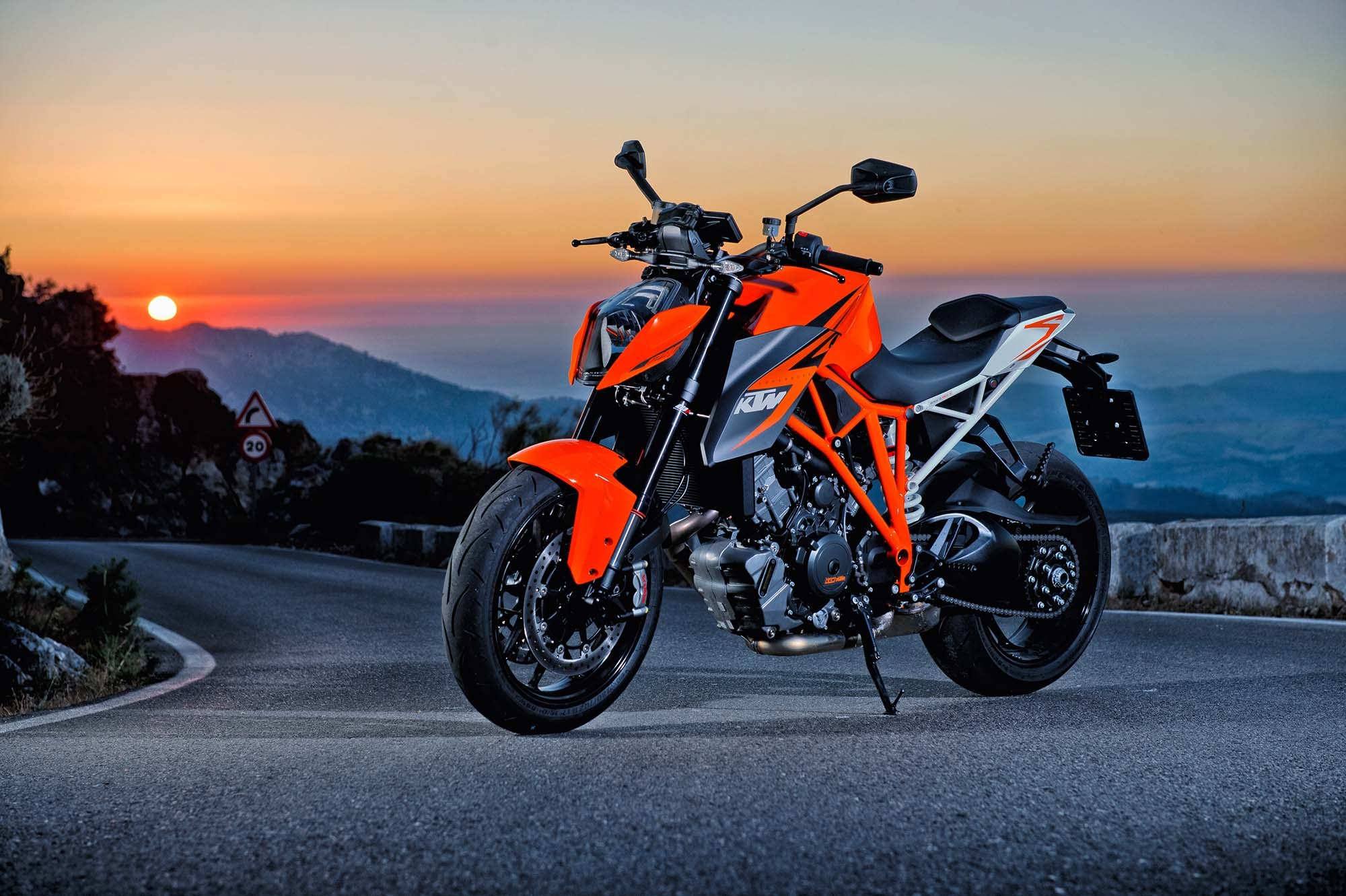 2017 ktm super 2000 1331 ktm super duke 1290 rrrrr pinterest. Black Bedroom Furniture Sets. Home Design Ideas