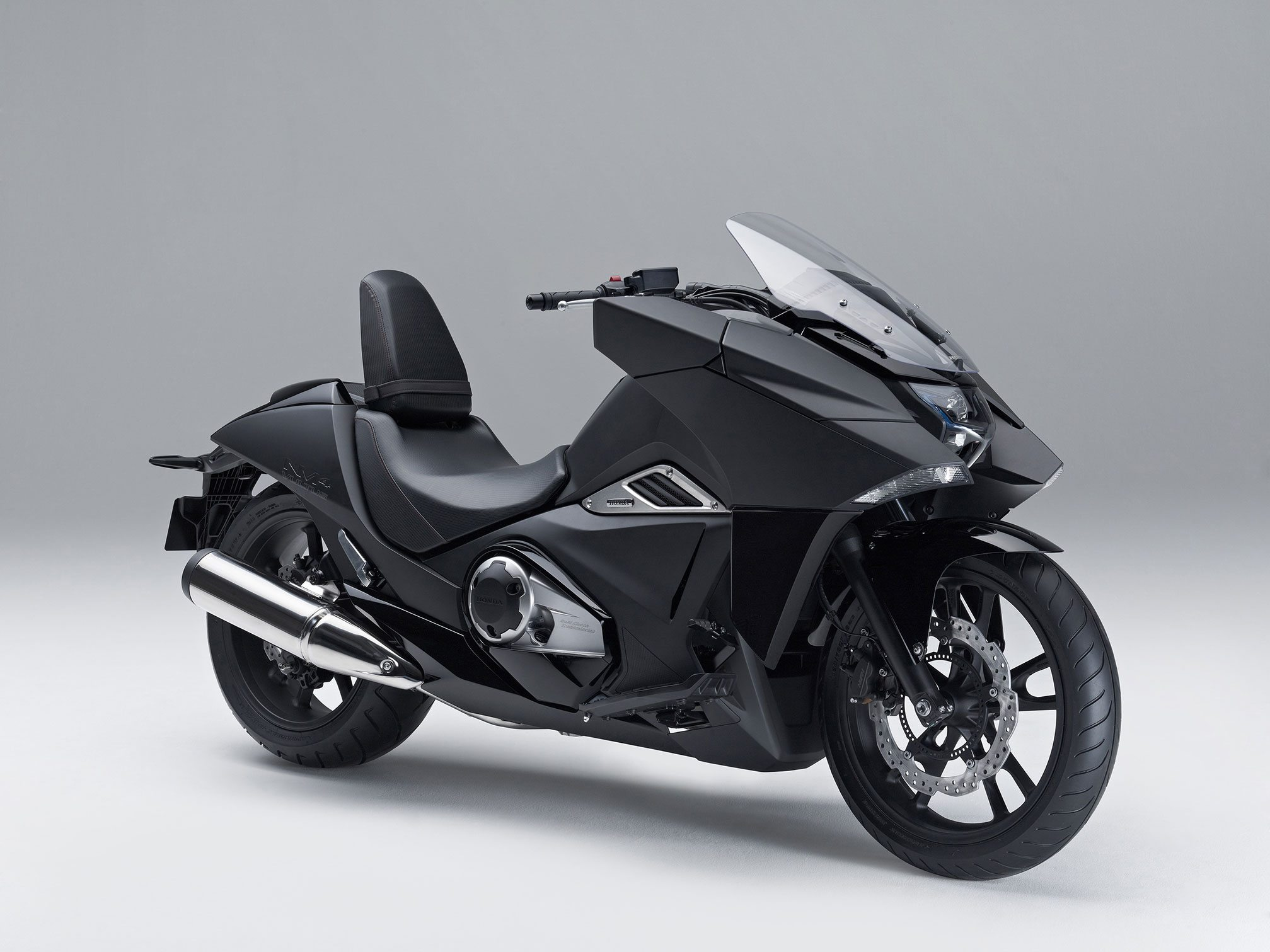 2015-Honda-NM4-Vultus black