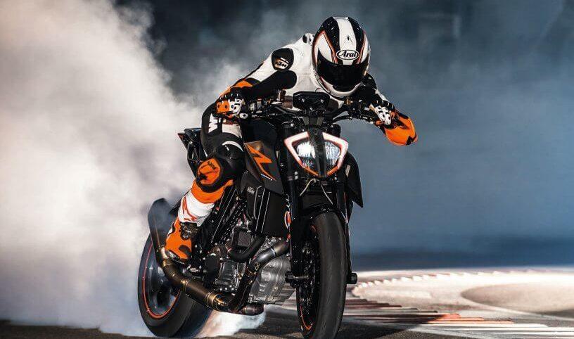 2017-ktm-1290-super-duke-r